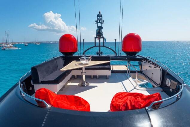 Yate Sunseeker Predator 84 Palumba lujo Ibiza
